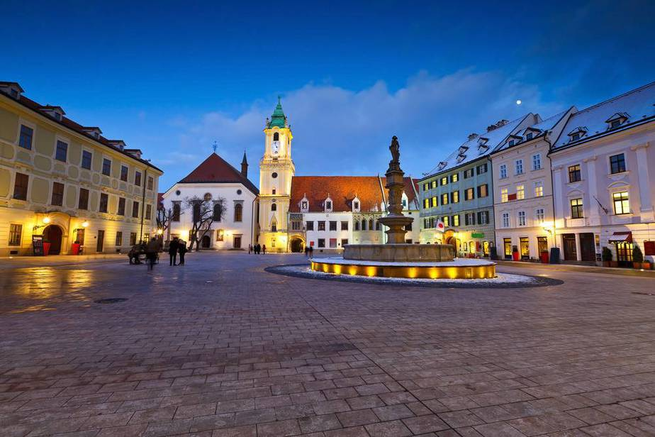 Bratislava Sehenswürdigkeiten: Die 15 Besten Attraktionen In Bratislava