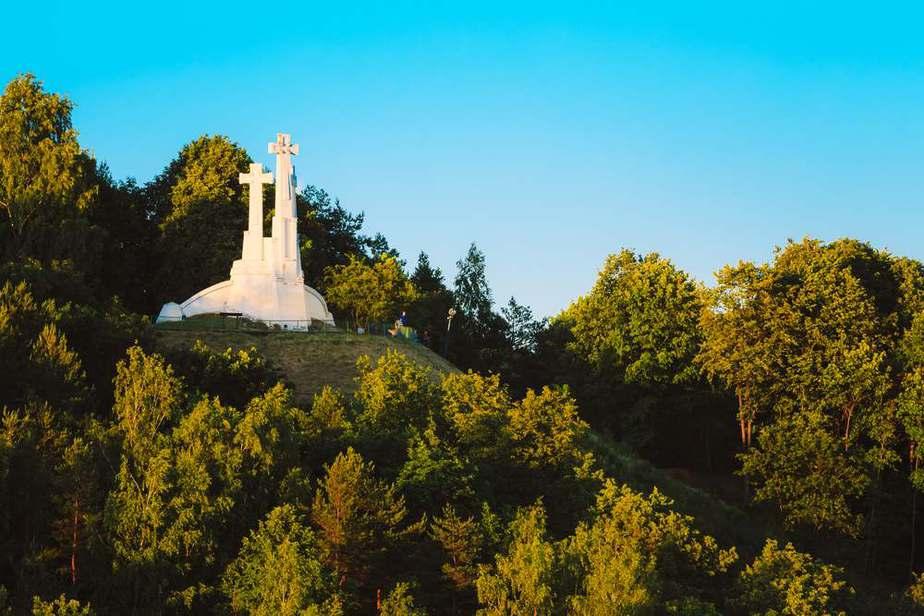 Three Crosses Monument (Denkmal der drei Kreuze)