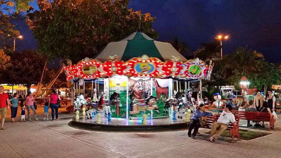 Cancun Sehenswürdigkeiten: El Parque de las Palapas