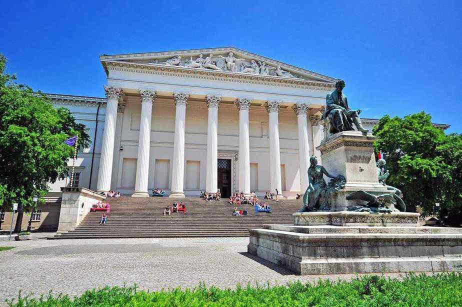 Ungarisches Nationalmuseum: Budapest Sehenswürdigkeiten: Die 20 besten Attraktionen – 2020