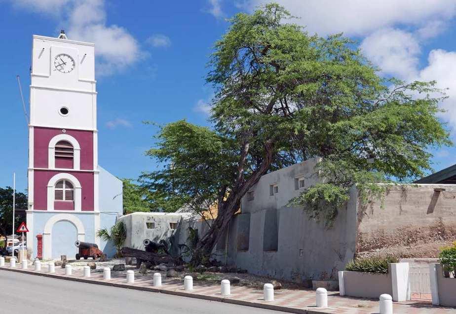 Aruba Historisches Museum - Fort Zoutman Aruba Sehenswürdigkeiten: Die 22 besten Attraktionen