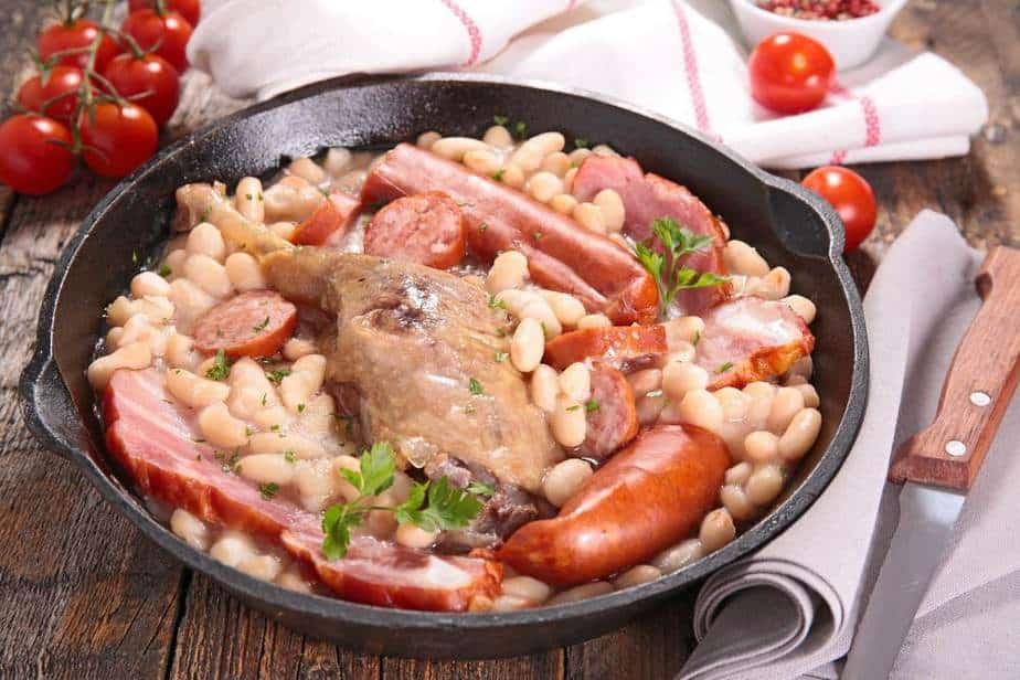 Cassoulet Französische Spezialitäten: 22 typisch Französische Essen, Die Sie Probieren Sollten