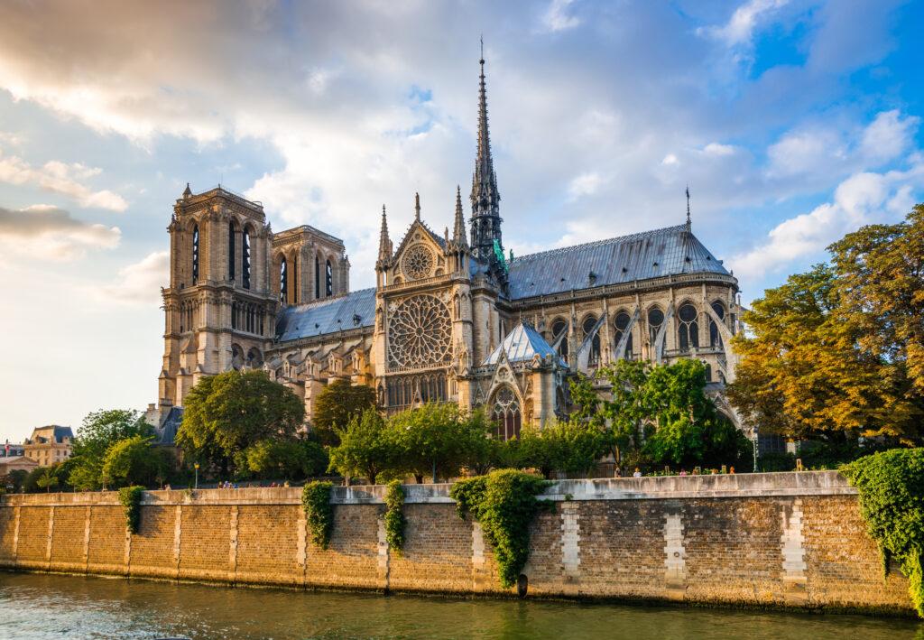 Kathedrale Notre-Dame de Paris Paris Sehenswürdigkeiten: 22 Top Paris Sehenswürdigkeiten