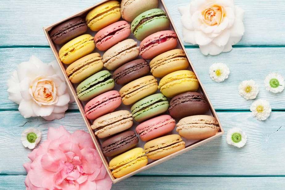 Macarons Französische Spezialitäten: 22 typisch Französische Essen, Die Sie Probieren Sollten