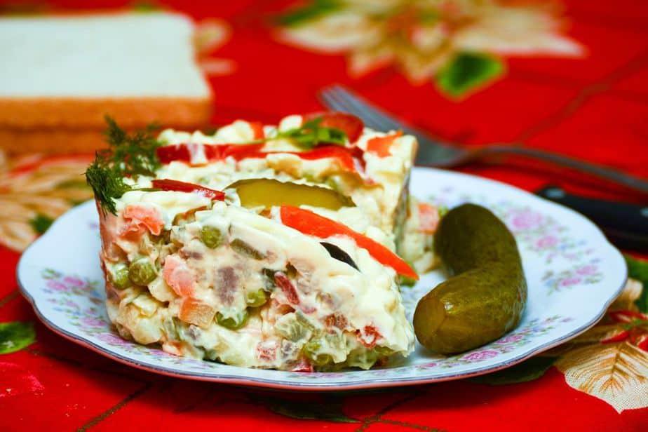 Salată De Boeuf – Rindfleisch-Salat Rumänien Spezialitäten: Diese 24 Gerichte solltest du probieren