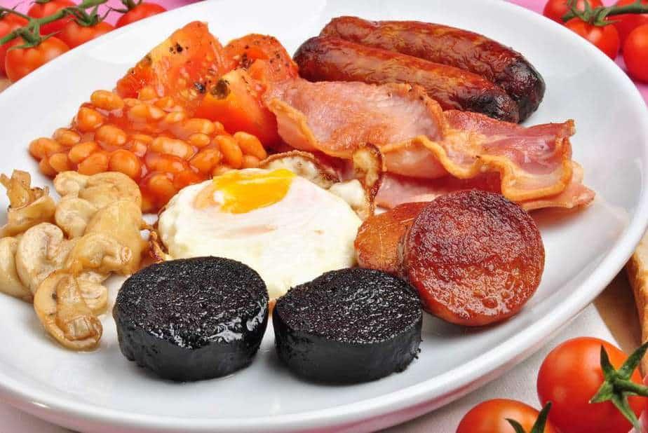 Full breakfast Irische Spezialitäten: 15 Typisch Irland Essen, Die Sie Probieren Sollten