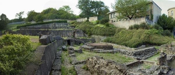 Römische Bäder Top 5 der antiken Stätten in Lyon
