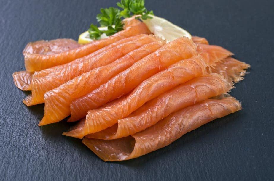 Smoked salmon – Räucherlachs Irische Spezialitäten: 15 Typisch Irland Essen, Die Sie Probieren Sollten