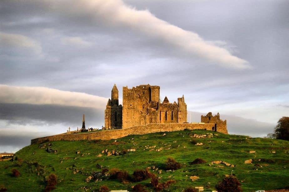The Rock of Cashel Irland Sehenswürdigkeiten: Die 18 besten Attraktionen