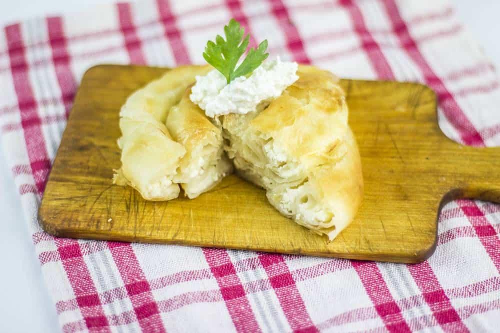 Belokranjska Povitica Slowenien Spezialitäten: 22 Typisch slowenien Essen, Die Sie Probieren Sollten