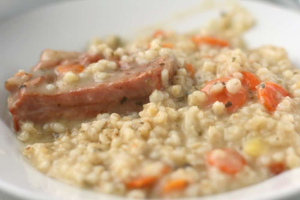 Ričet - Ritschert Slowenien Spezialitäten: 22 Typisch slowenien Essen, Die Sie Probieren Sollten