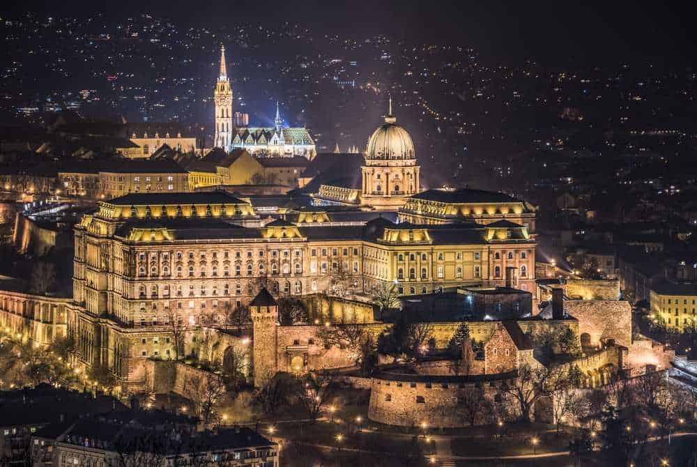 Burgpalast Budapest Die schönsten Burgen Ungarns