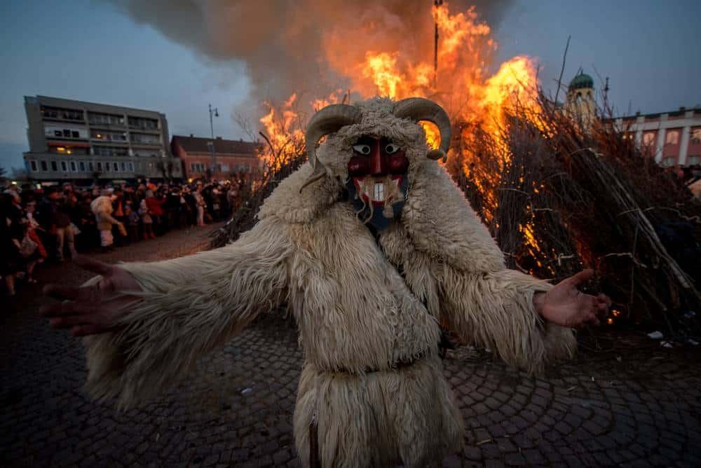 Busójárás 8 Faszinierende Ungarische Volksfeste