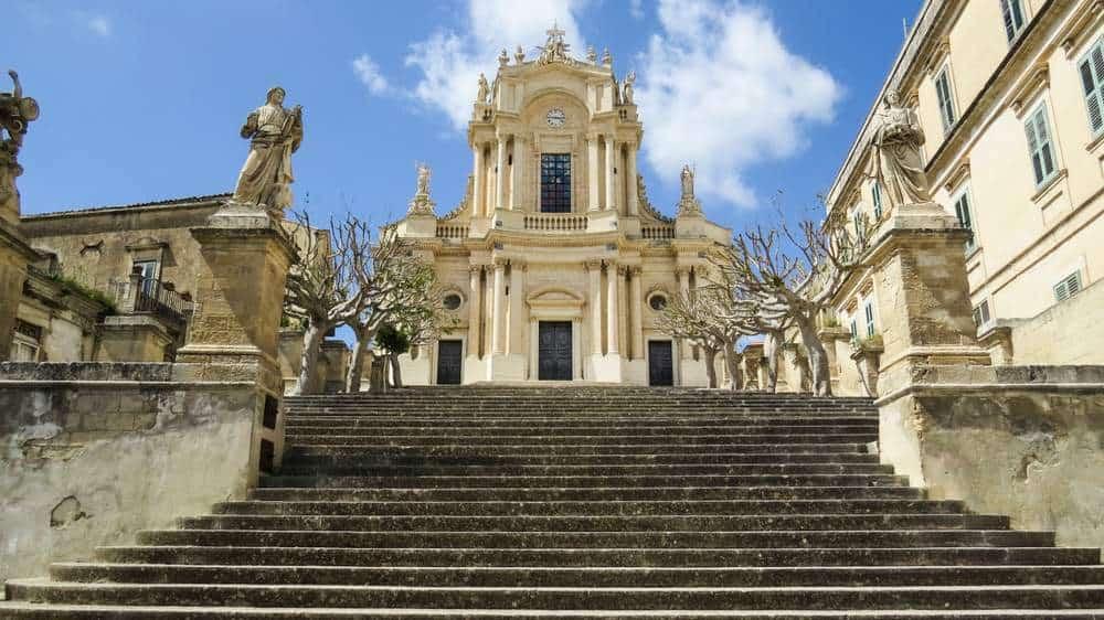 Kirche St. Johannes der Evangelist Die schönsten Kirchen Siziliens