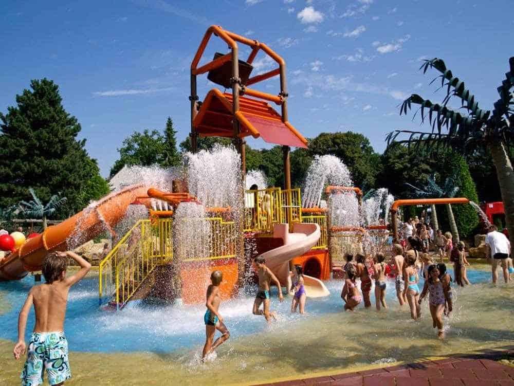 Linnaeushof Freizeitparks Holland: 18 abenteuerliche Vergnügungsparks in den Niederlanden