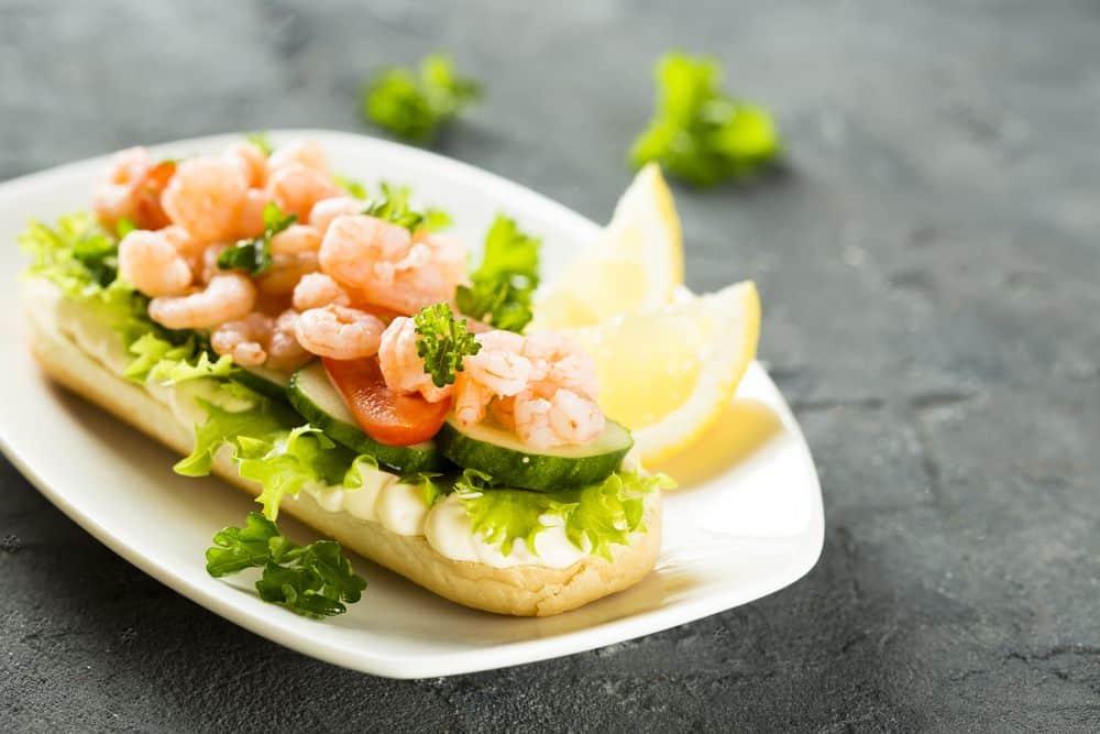 Räksmörgås Schwedische Spezialitäten: 20 Typisch schwedische Essen, Die Sie Probieren Sollten
