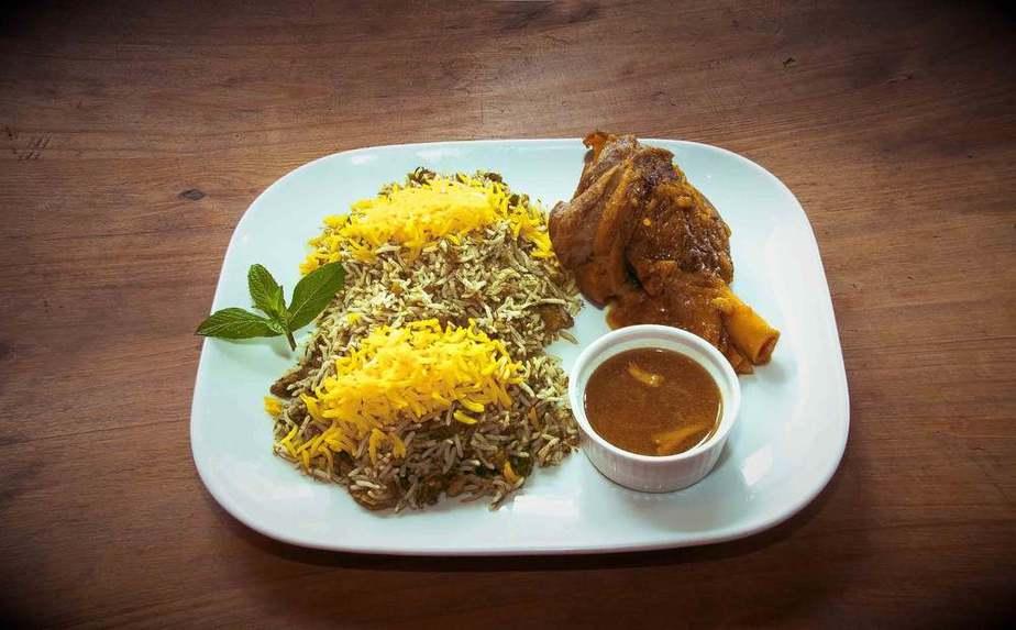 Baghali Polo Iranische Küche: 20 Traditionelle Iranische Essen, Die Sie Probieren Sollten