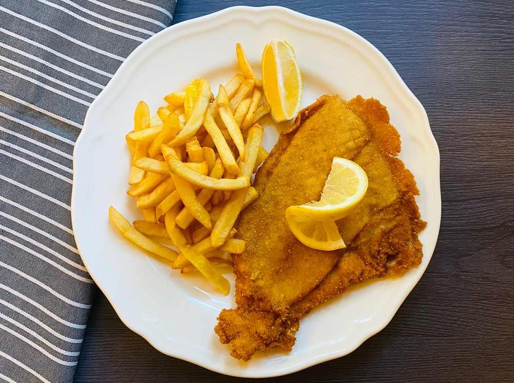 Fisch und Chips Schottisches Essen: 21 Typisch Schottische Spezialitäten und Schottische Gerichte, Die Sie Probieren Sollten