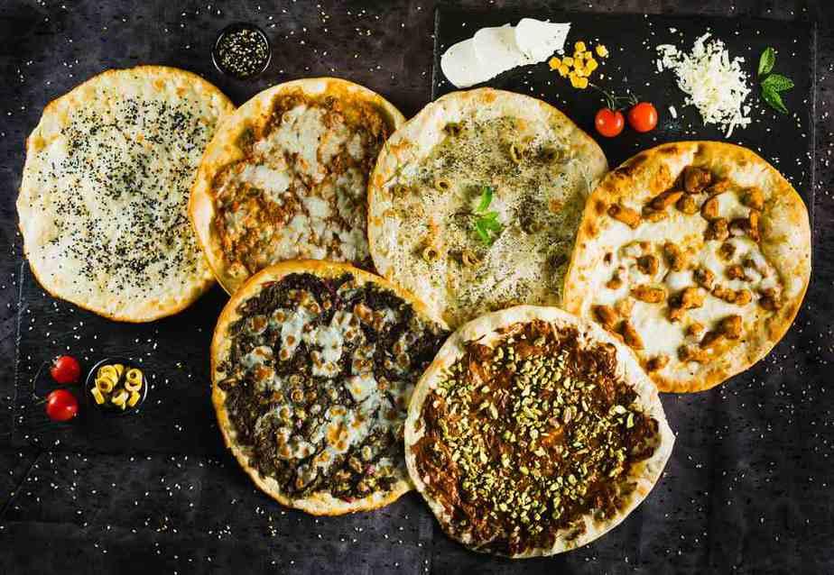 Manakish Arabisches Essen: 20 Arabische Spezialitäten, Die Sie Probieren Sollten