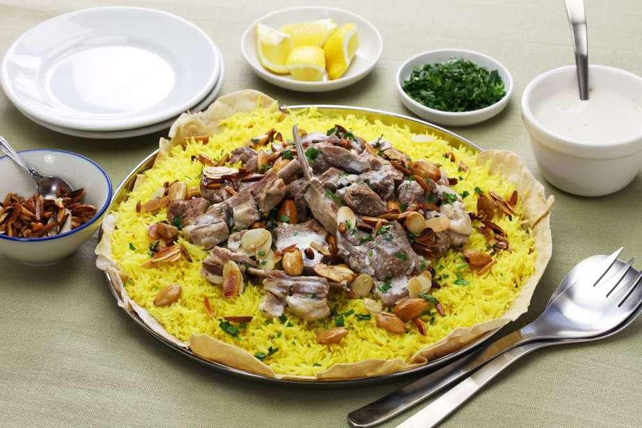 Mansaf Arabisches Essen: 20 Arabische Spezialitäten, Die Sie Probieren Sollten