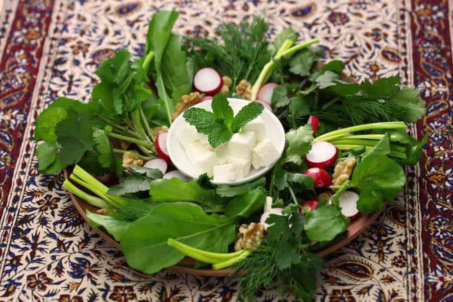 Sabzi Khordan Iranische Küche: 20 Traditionelle Iranische Essen, Die Sie Probieren Sollten