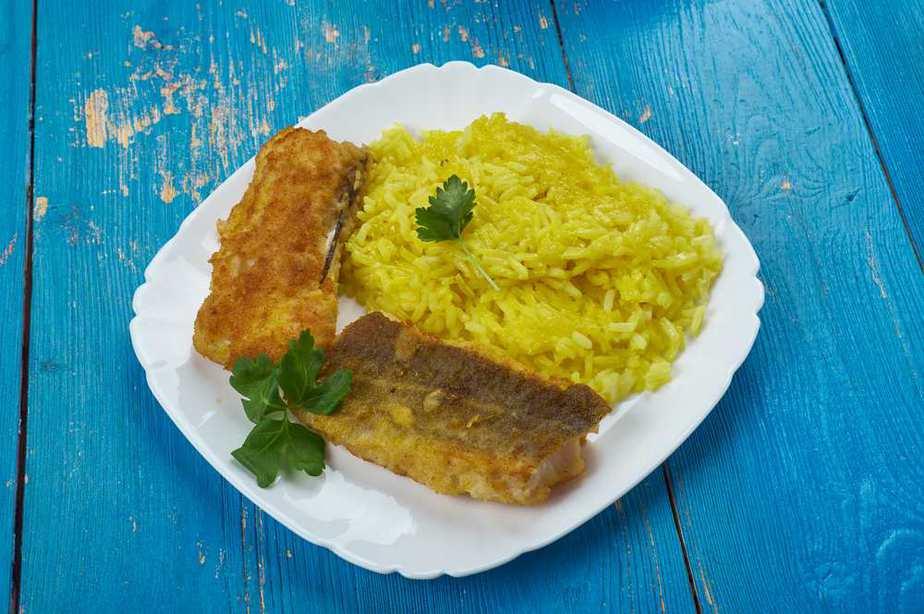Sabzi Polo ba Mahi Iranische Küche: 20 Traditionelle Iranische Essen, Die Sie Probieren Sollten