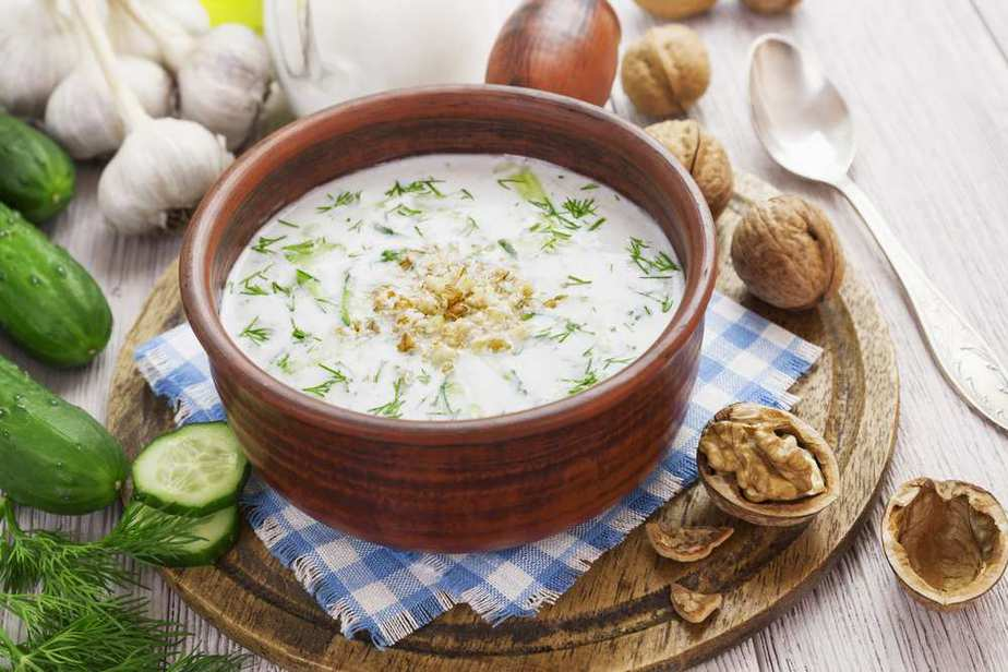 Tarator Bulgarische Spezialitäten: 22 Typisch Bulgarische Essen, Die Sie Probieren Sollten
