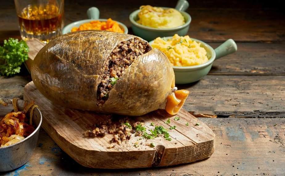 Haggis Englische Spezialitäten: 21 Typisch englische Essen, Die Sie Probieren Sollten