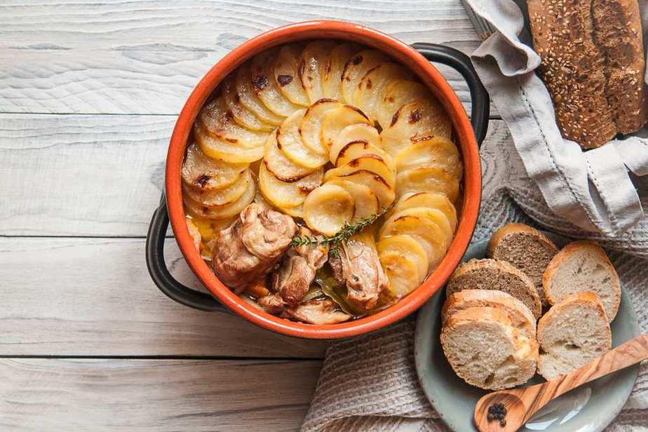Lancashire Hot Pot Englische Spezialitäten: 21 Typisch englische Essen, Die Sie Probieren Sollten