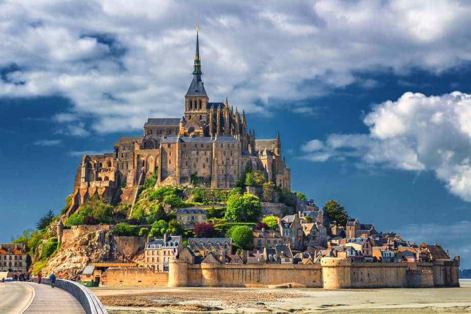 Mont Saint-Michel Die 7 schönsten Schlösser in Frankreich