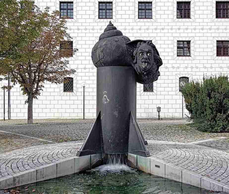 Einsteinbrunnen Ulm Sehenswürdigkeiten - Die 20 besten Attraktionen