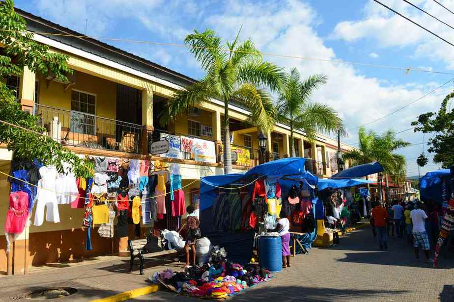 Harbour Street Craft Market Märkte auf Jamaika, die einen Besuch wert sind