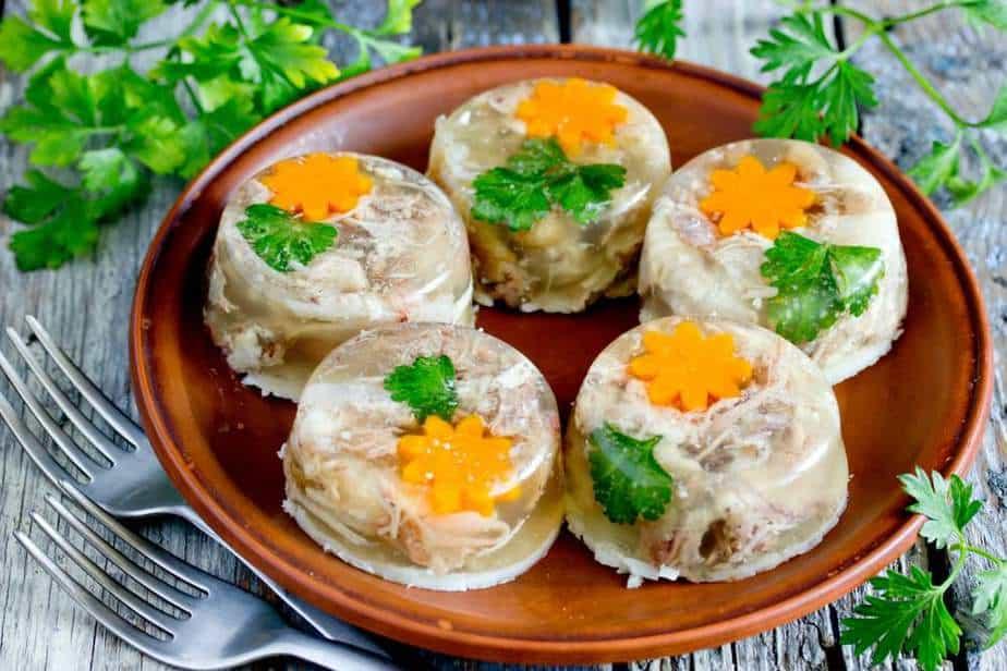 Kholodets - Aspik Ukrainische Spezialitäten: 21 Typisch Ukrainische Essen, Die Sie Probieren Sollten