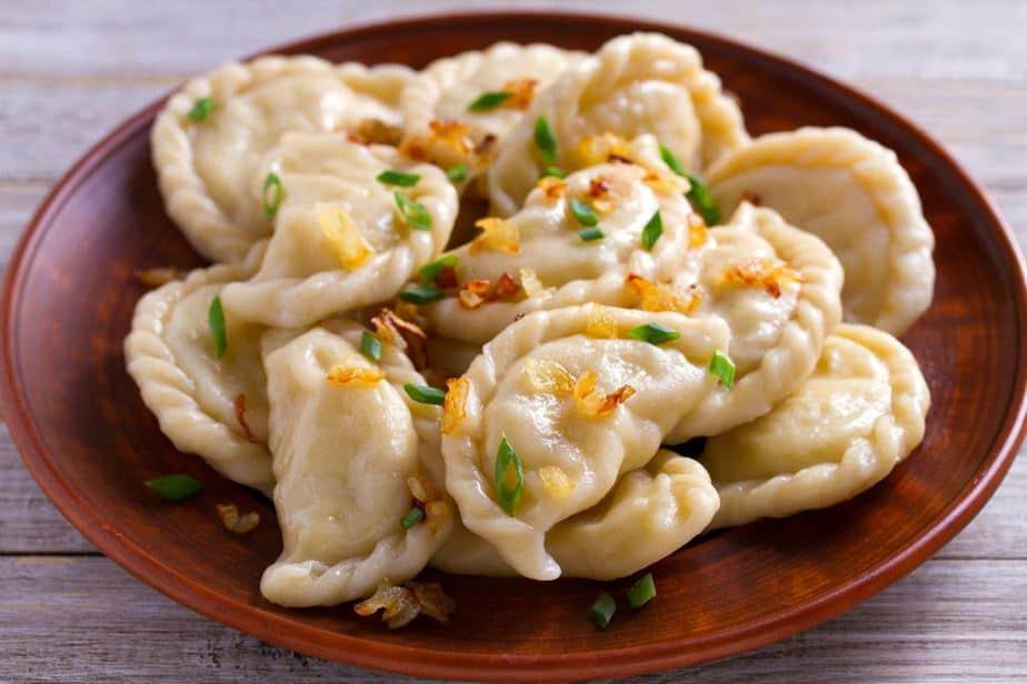 Vareniki Ukrainische Spezialitäten: 21 Typisch Ukrainische Essen, Die Sie Probieren Sollten